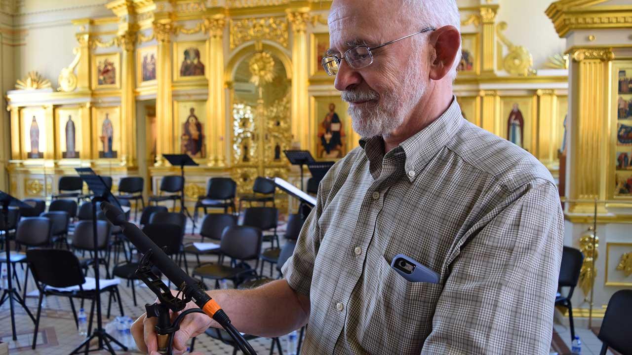 John Newton CO-100K Mic at Saratov Cathedral Russia