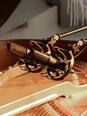 Scott Davis CU-44X MK II Piano